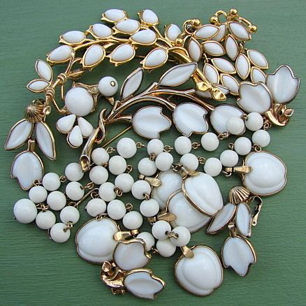 vintage trifari summer white in excess vintage charms
