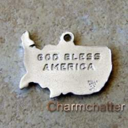 United States Wells Vintage Jewelry Charm